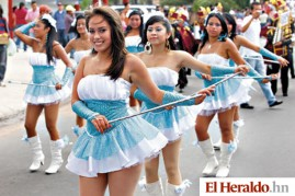 El-Heraldo-Metro-Honduras-Palillonas-Institutos-30-09-2012-434-aniversario-Tegucigalpa