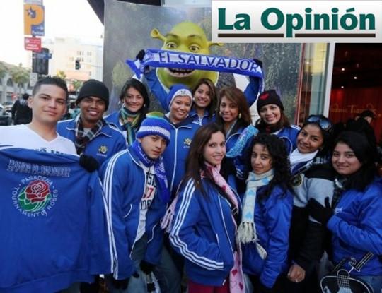 La-Opinion-Los-Angeles-California-USA-Llega-Banda-El-Salvador-Desfile-de-las-Rosas-2013-bandasdemarcha