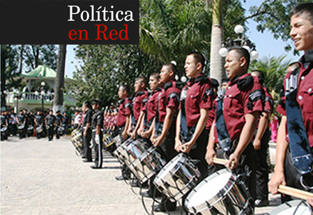 Politica-en-Red-Cordoba-Mexico-Segundo-Concurso-Nacional-de-Bandas-de-Guerra-2013