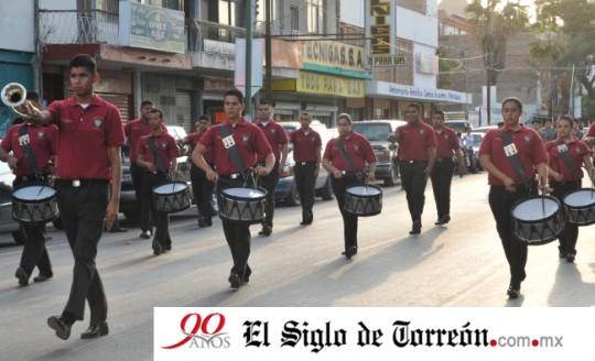 El-Siglo-de-Torreon-Mexico-Tec-Tecnologico-Laguna-XIX-Encuentro-Nacional-de-Bandas-de-Guerra-y-Escoltas-2013