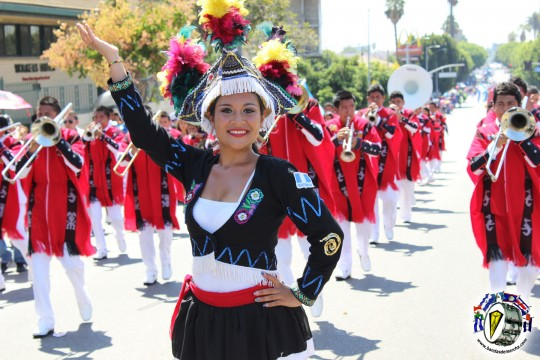 Bailarina-Banda-Pedro-Molina-en-Los-Angeles-California-2013