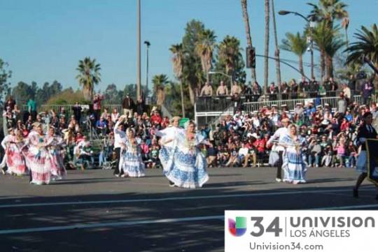 Univision-USA-34-Channel-banda-panama-desfile-de-las-rosas-2014-rose-parade-02