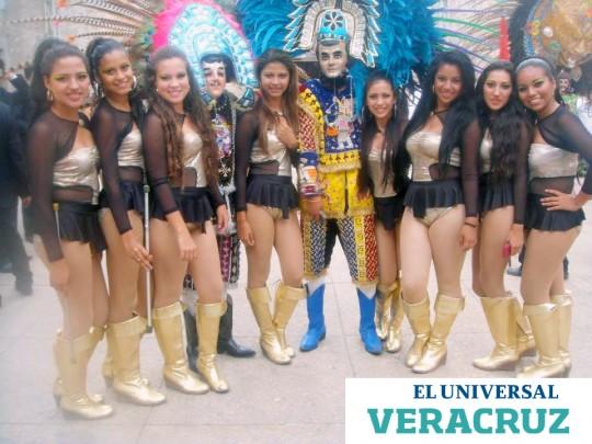 Bastoneras-Susy-Carnaval-de-Veracruz-Mexico-2014
